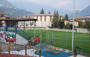 Il nuovo campo in erba sintetica della parrocchia di Casazza